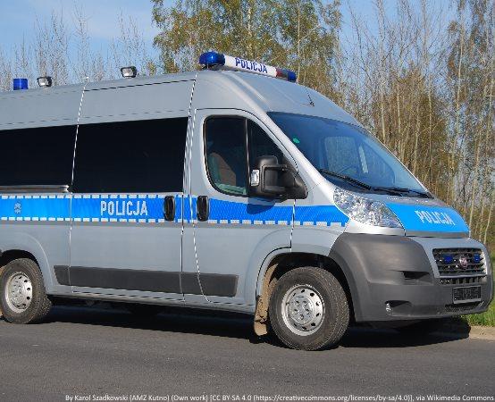 Policja Wałbrzych: 22-latek zatrzymany przez policjantów drugiego komisariatu odpowie za kradzież i kradzież z włamaniem. Policjanci odzyskali utracony telewizor