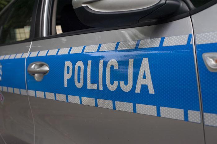 Policja Wałbrzych: Właściwie przygotuj rower, włóż kask i zadbaj o swoje bezpieczeństwo podczas jazdy jednośladem